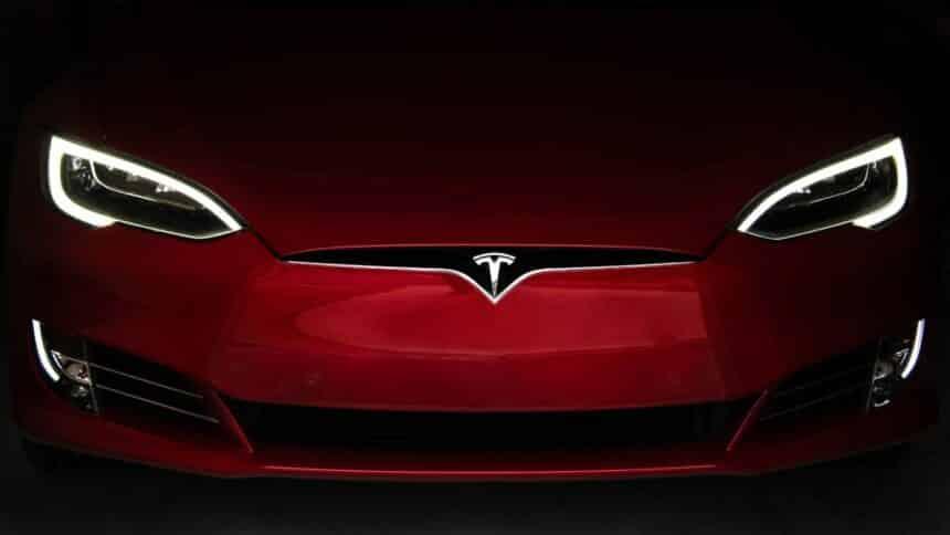Tesla BHP níquel mineração