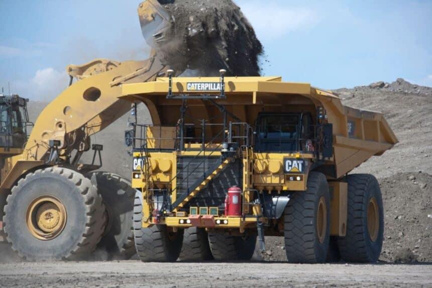 Caminhões a bateria serão foco da parceria entre Caterpillar e BHP para uma mineração voltada para a sustentabilidade